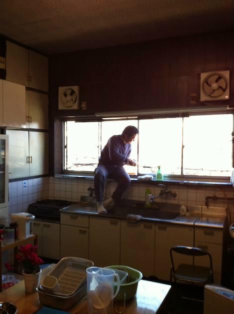 事務所の掃除は社長と平田さん