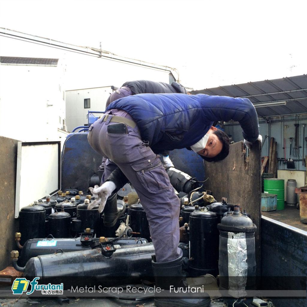 業務用空調の黒モータースクラップ入荷☆