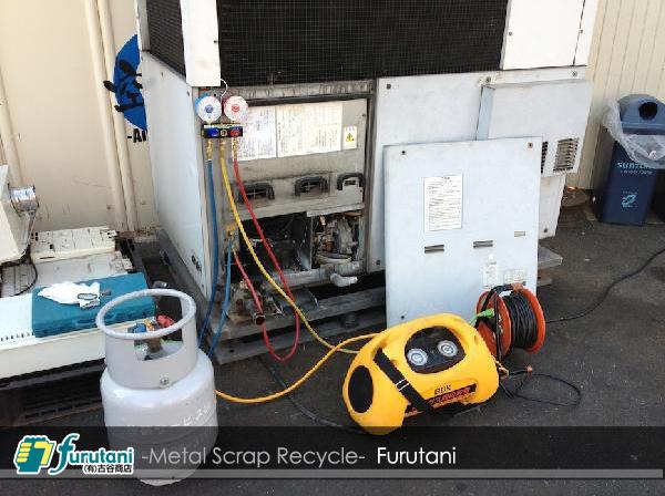 ガスヒーポン・冷媒ガス回収作業