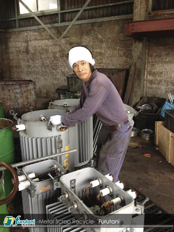 トランス・変圧器・乾式トランス・湿式トランス